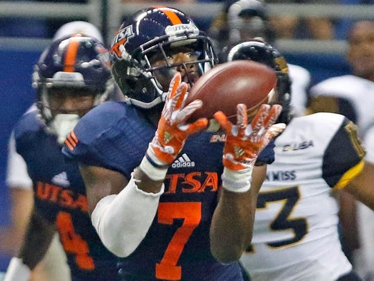 UTSA's Kerry Thomas Jr. hauls in a 71-yard touchdown reception during an NCAA college football game against Southern Mississippi at the Alamodome, Saturday, Oct. 8, 2016, in San Antonio, Texas.