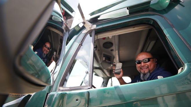 Los Angeles trucker Cesar Lopez, uses the Cargomatic app to book more shipments.