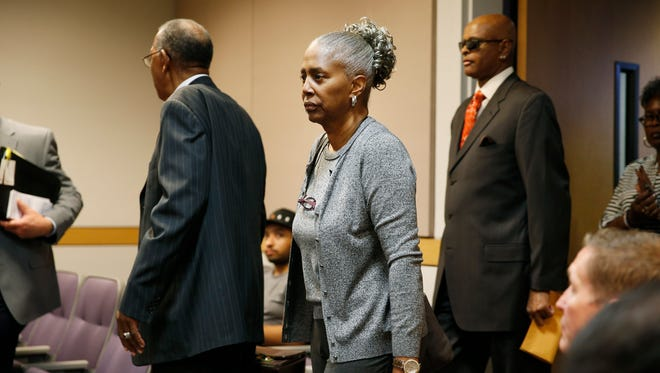 Laverne Toney, center, arrives in Clark County Family Court on Thursday, May 7, 2015, in Las Vegas.  A dispute over B.B. King's health and wealth has been tossed out of court by a judge in Las Vegas who says two investigations didn't find the blues legend is being abused. Thursday's court ruling keeps King's longtime business manager, Laverne Toney, in legal control of King's affairs.