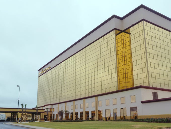 2009: The Oasis at VictoryLand was a golden, glittering