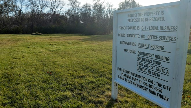 A proposed senior living complex is planned for this site on Eight Mile between Middlebelt and Inkster. The property was recently recommended for rezoning by the Livonia planning commission.