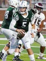 Quarterback Jackson Berry (6-0, 190, 4.8) did an excellent job for Prosper during the 2019 campaign, throwing for 3,185 yards and 37 touchdownsvwhile rushing for 354  yards and eight touchdowns. He returns to lead the Eagles' offensive attack after his sensational performance throwing 13 touchdown passes and zero interceptions in four playoff games last year.