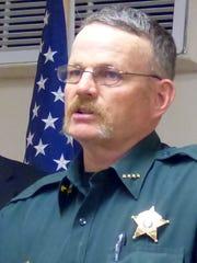 Lincoln County Sheriff Robert Shpperd received approval of a MOU to establish the White Mountain Drug Task Force.