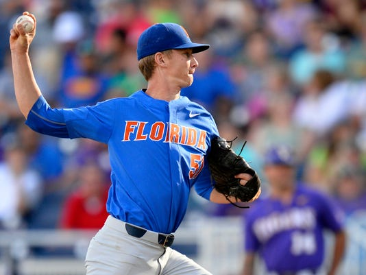 NCAA_Florida_Reboots_Baseball_19768.jpg