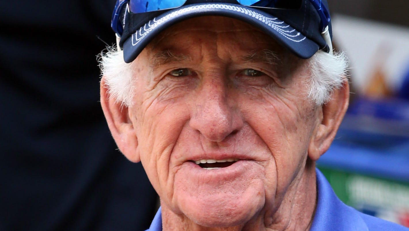 With No Retirement Plans Bob Uecker Primed For Another Season