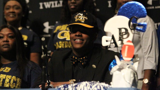 Godby defensive end Antwan Owens signed with Georgia Tech.