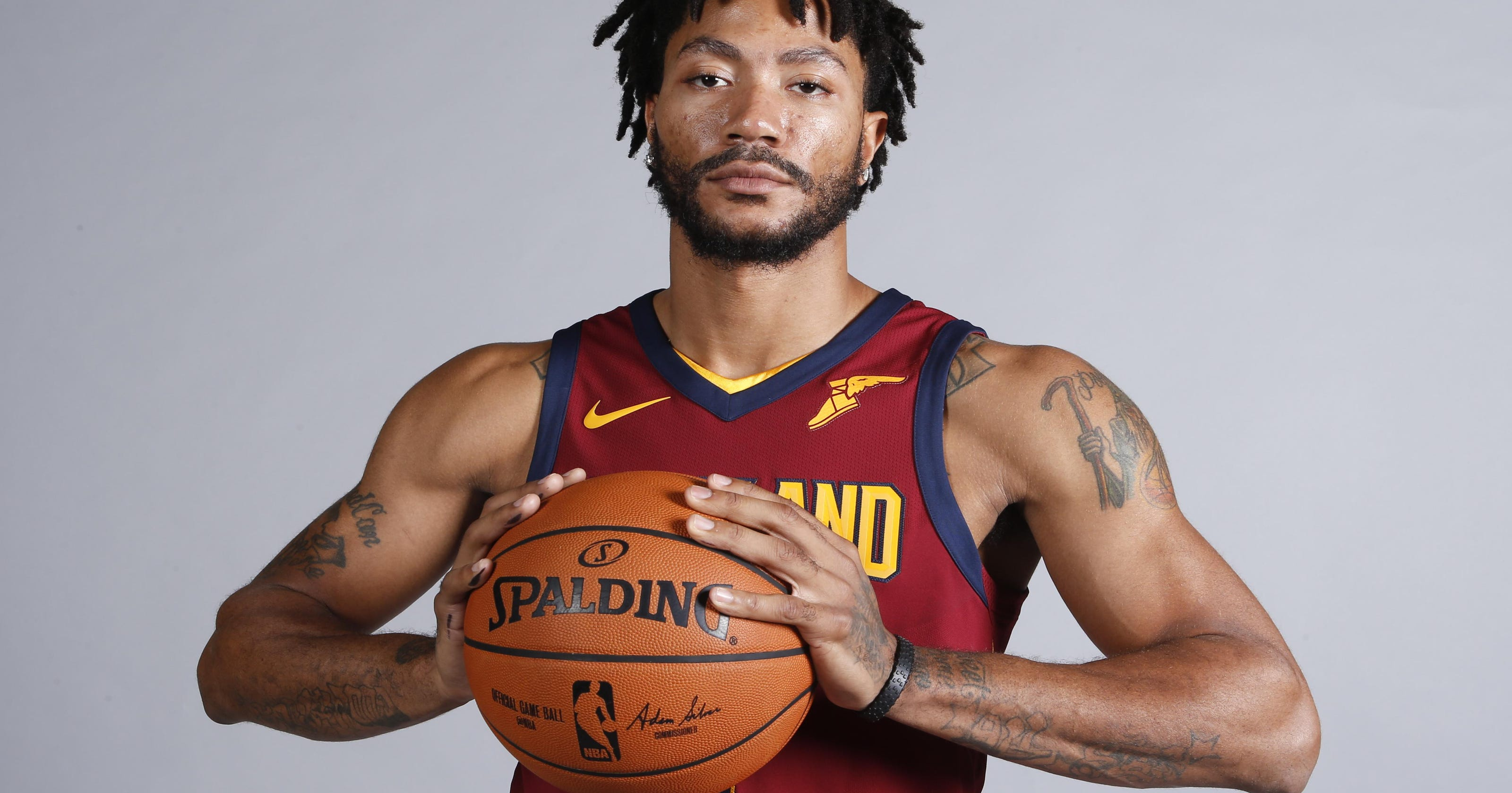 Derrick Rose returns to Cavaliers after two-week hiatus 6489c0d53