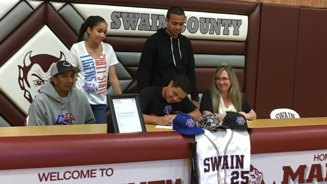 Swain County senior Zack Epps has signed to play college baseball for Chattanooga State (Tenn.) Community College.