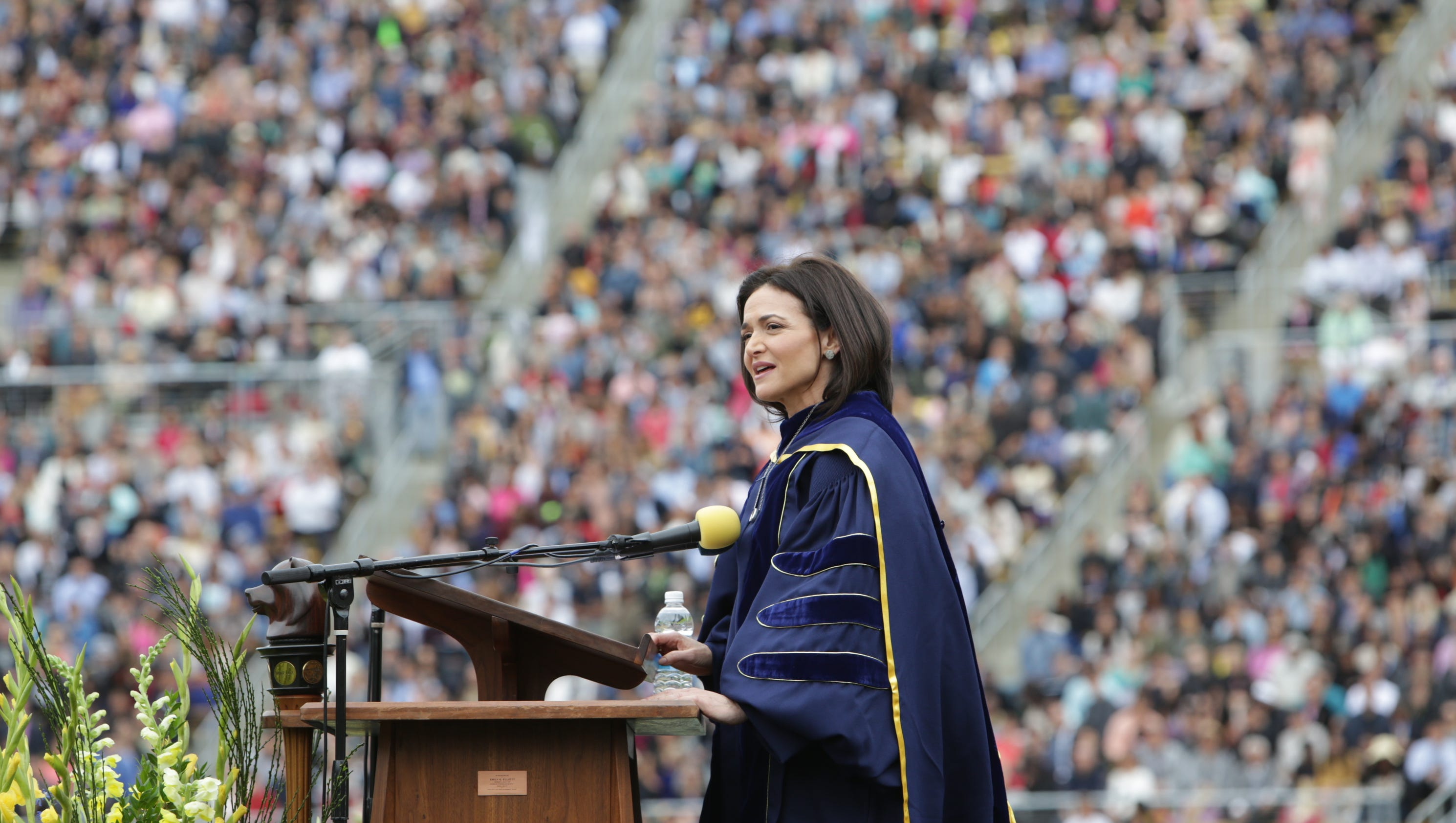 Facebook's Sandberg shares grief lessons with grads