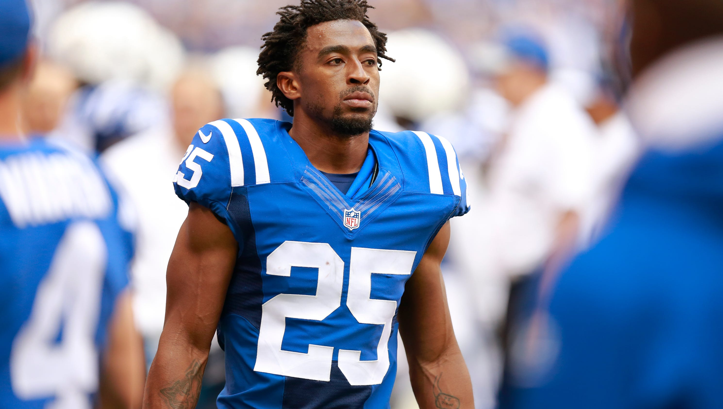 Colts send patrick robinson to injured reserve