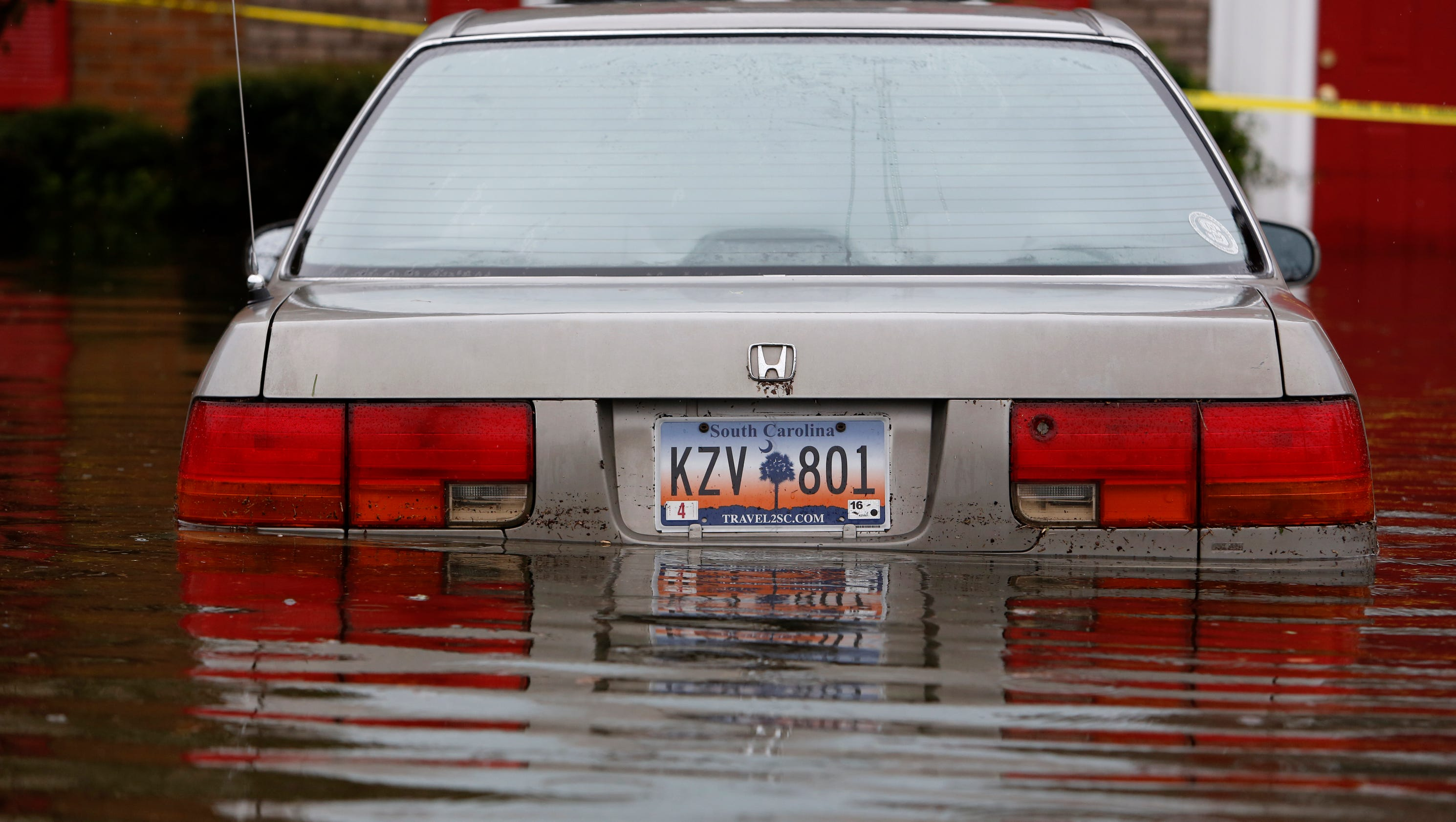 Unrelenting rains hammer besieged south carolina for R kitchen south carolina