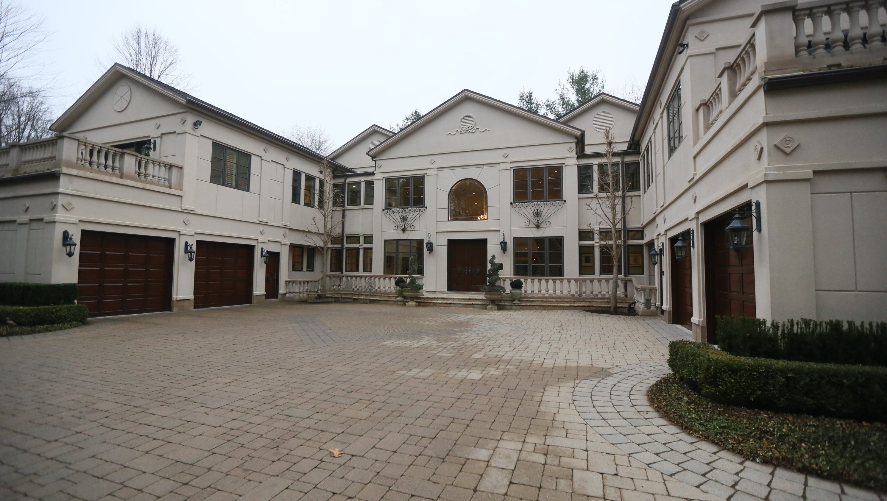 Norman shy 39 s custom built mansion in 2013 for Custom mansions