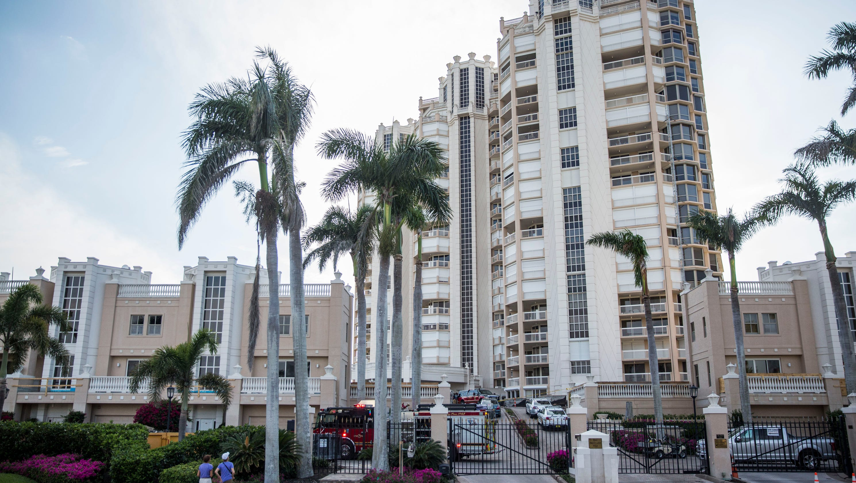 Fall from Naples high-rise condo tower kills two ...