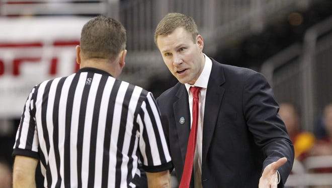 Iowa State coach Fred Hoiberg is back on the golf course again