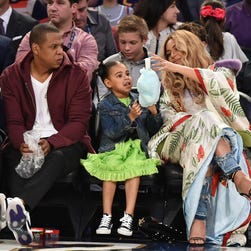 This time Blue Ivy steals the NBA All-Star game with pregnant Beyonce, Jay Z