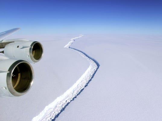 AP ANTARCTICA ICE SHELF CRACK A ATA