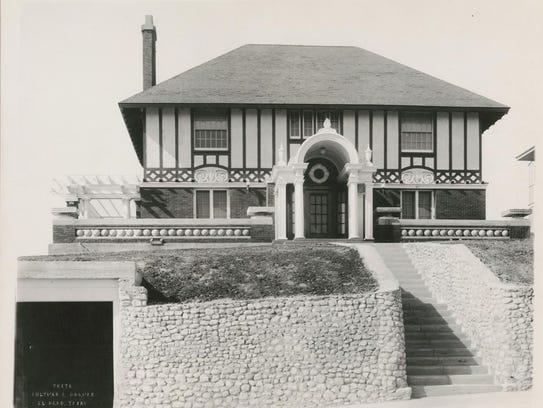 Krakauer house photo by Otis A. Aultman, 1915.
