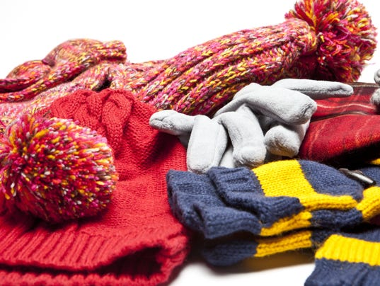 10 Essential Items A Commuter Needs During The Winter