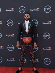 1b117bbb6606 See 2018 ESPYS red carpet fashion, including JaVale McGee's Gucci fanny pack