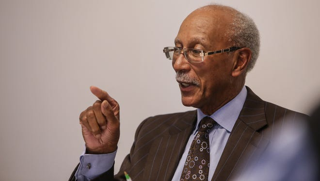 Former Detroit Mayor Dave Bing speaks with editorial board members and reporters at the Detroit Free Press in downtown Detroit on Thursday, Oct. 29, 2015.