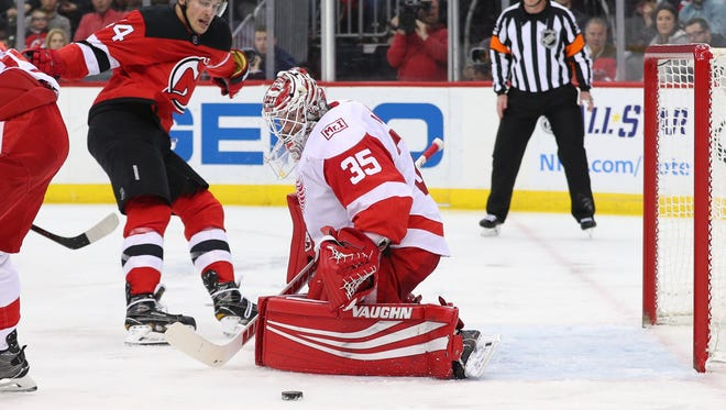 Red Wings goalie Jimmy Howard made 29 saves against the Devils on Wednesday night.