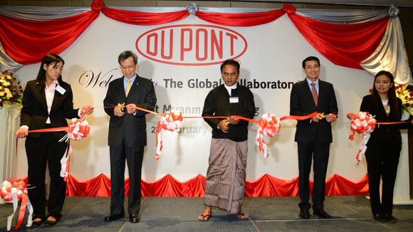 From left: Hsing Ho, Thwant Lwin Oo who is director of Ministry of Agriculture and Irrigation and Sittideth Sriprateth at the opening of DuPont Myanmar.