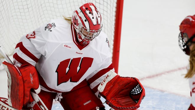 Wisconsin goalie Ann-Renée Desbiens earned her 79th career victory Saturday against Minnesota State.
