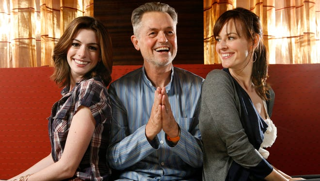 Jonathan Demme at 2008's Toronto Film Festival with the stars of 'Rachel Getting Married,' Anne Hathway and Rosemary DeWitt.