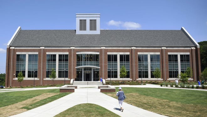 Enrollment continues to rise at the Columbia State Community College's Williamson campus.