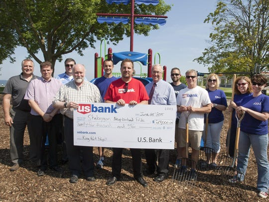 US Bank partnered with the Sheboygan Neighborhood Pride