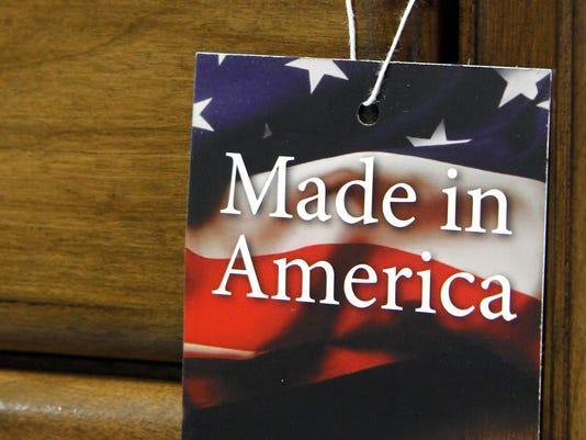 635962346566882237-AP-Poll-Made-in-Ameri-Davi.jpg