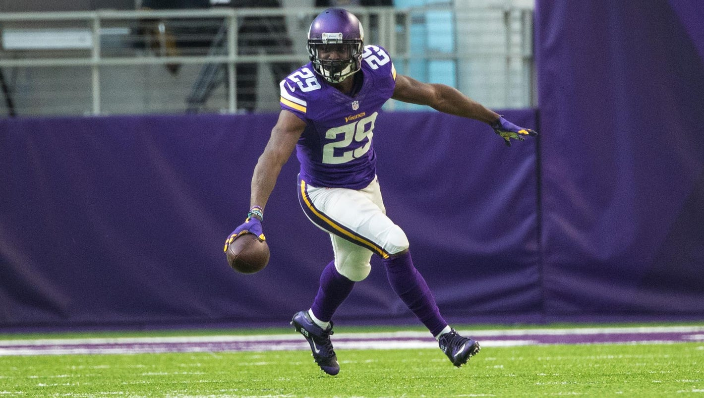 Vikings sign CB Xavier Rhodes to contract extension
