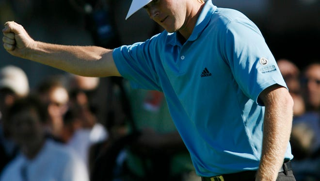 Brandt Snedeker reacts after making birdie on the final hole to finish with an 11-under-par 61 in the first round of the Buick Invitational golf tournament Thursday, Jan.25, 2007, in San Diego.  (AP Photo/Denis Poroy)