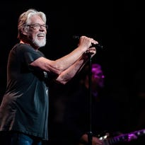 Bob Seger heading back on tour, a year after medical derailment