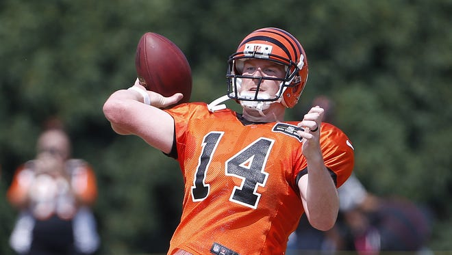 Andy Dalton completed 10 of 21 passes in 11 on 11 sessions.
