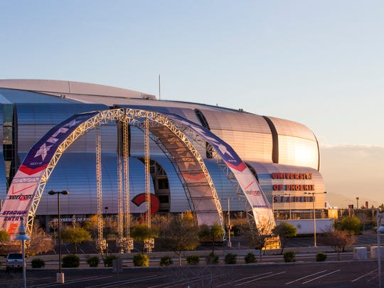 3. Super Bowl in Glendale: Thousands of football fans from across the country swarmed the Valley earlier this year to watch Super Bowl XLIX, played in Glendale at the University of Phoenix Stadium. Everything from skyscrapers to hole-in-the-wall bars were draped in Super Bowl-themed decorations, transforming the Valley of the Sun into a football mecca. The New England Patriots defeated the Seattle Seahawks 28-24, and Glendale basked in the international media exposure.