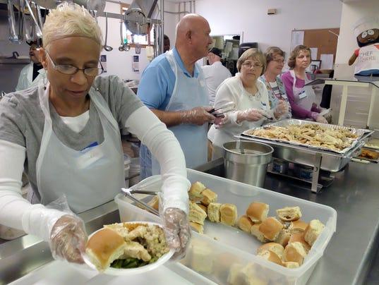 Rescue Mission serves Thanksgiving dinner