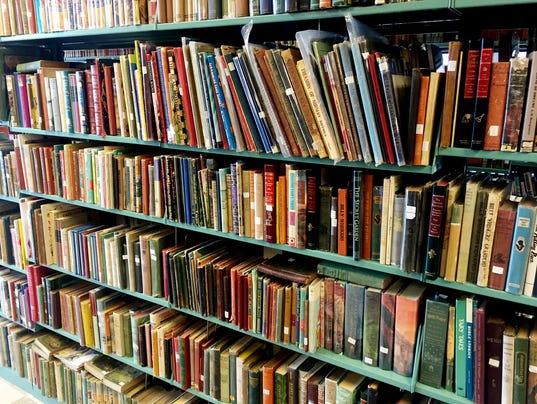 636052944187755038-Used-Bookstore-05.JPG