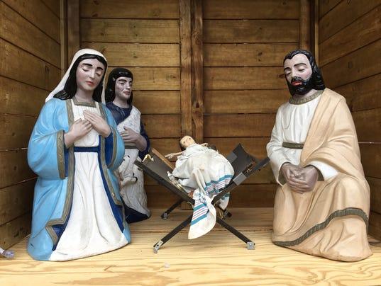 cpo-mwd-112417-nativity scene
