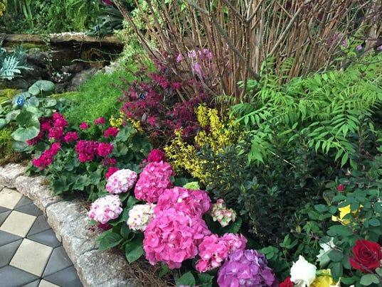 Nashville lawn garden show spotlights small space gardening Nashville home and garden show