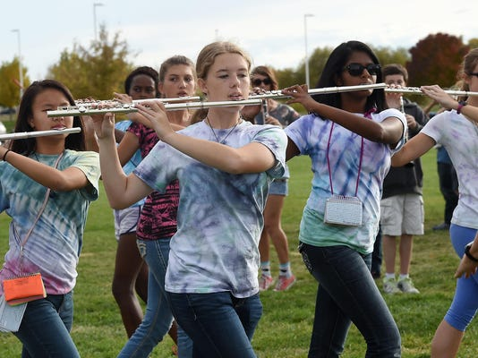 Fossil_Ridge_Band_1