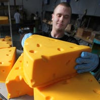 Happy #NationalCheeseDay! Here are 5 Wisconsin ways to celebrate cheese