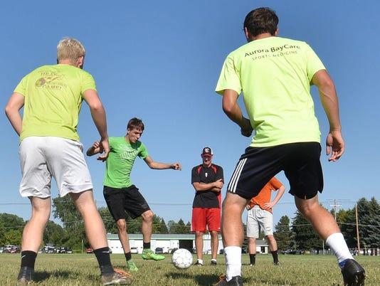 DCA 0820 sturgeon bay soccer pract