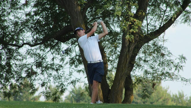 Ridgewood's Ganon Greenman tees off on the Dunes' No. 5 hole on Tuesday. He was the medalist at 36.