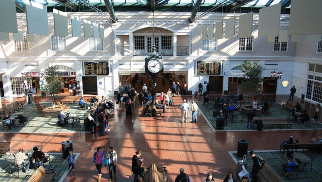 Savannah/Hilton Head International Airport has been awarded two federal grants for a total of $4.8 million. The funds will be used to conduct airport related environmental assessments, master plans, improve drainage and replace escalators.