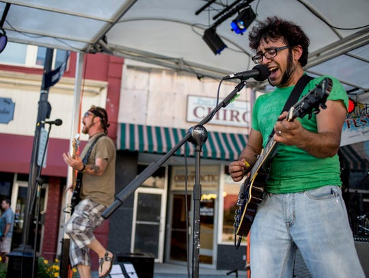 Sadaat Hossain, right, and Ryan McInnis, of Poltroons,