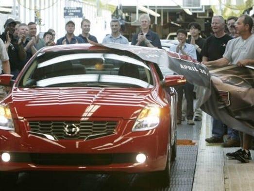 Nissan To Add 1 000 Jobs In Smyrna