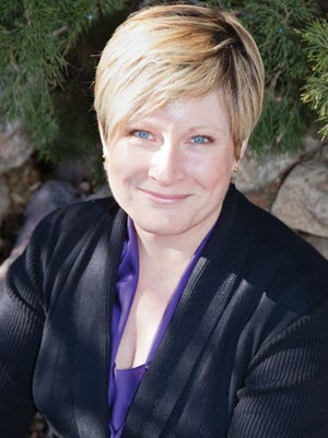 Susan Larson, public speaker, writer, financial advisor, community volunteer. Susan lives in Fort Collins, CO.