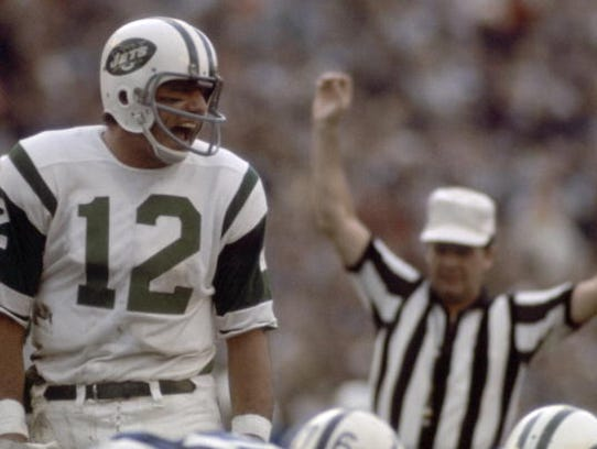 Football: Super Bowl III: New York Jets QB Joe Namath