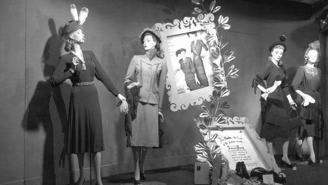 A window display at Sisson's in 1948.